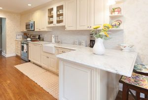 white quartz countertops sitting on white cabinets